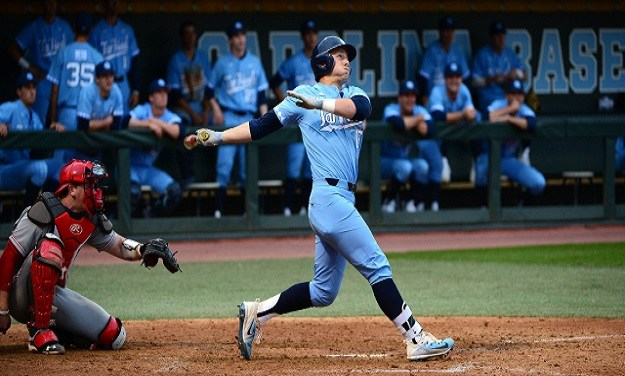 Busch's Home Run Lifts Tar Heels Past No. 12 Florida State, UNC Completes Sweep