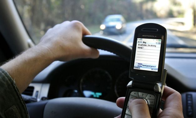 North Carolina Senator Files Bill to Outlaw Phone Calls While Driving