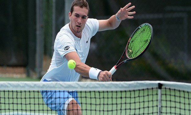 Virginia's Thai-Son Kwiatkowski Defeats UNC's William Blumberg in NCAA Men's Tennis Singles Final