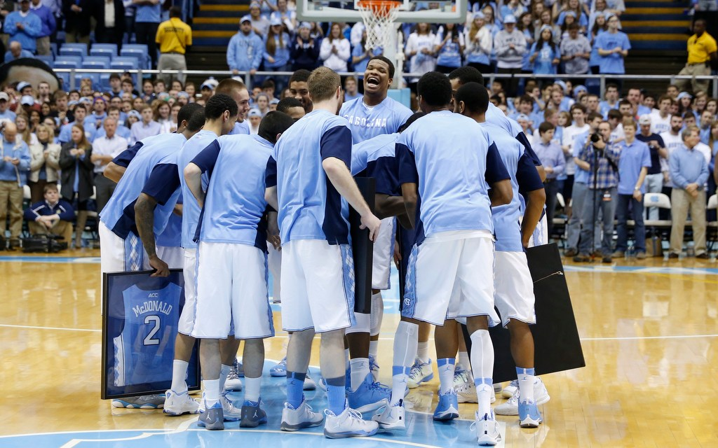 Tar Heels Win One For The Seniors With 63-61 Triumph Over Fighting Irish