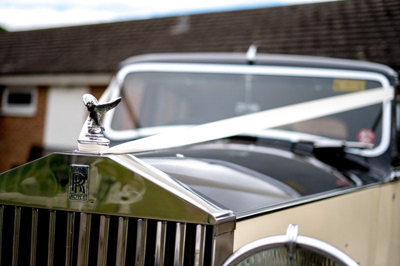 rolls royce silver wraith by peterborough wedding cars