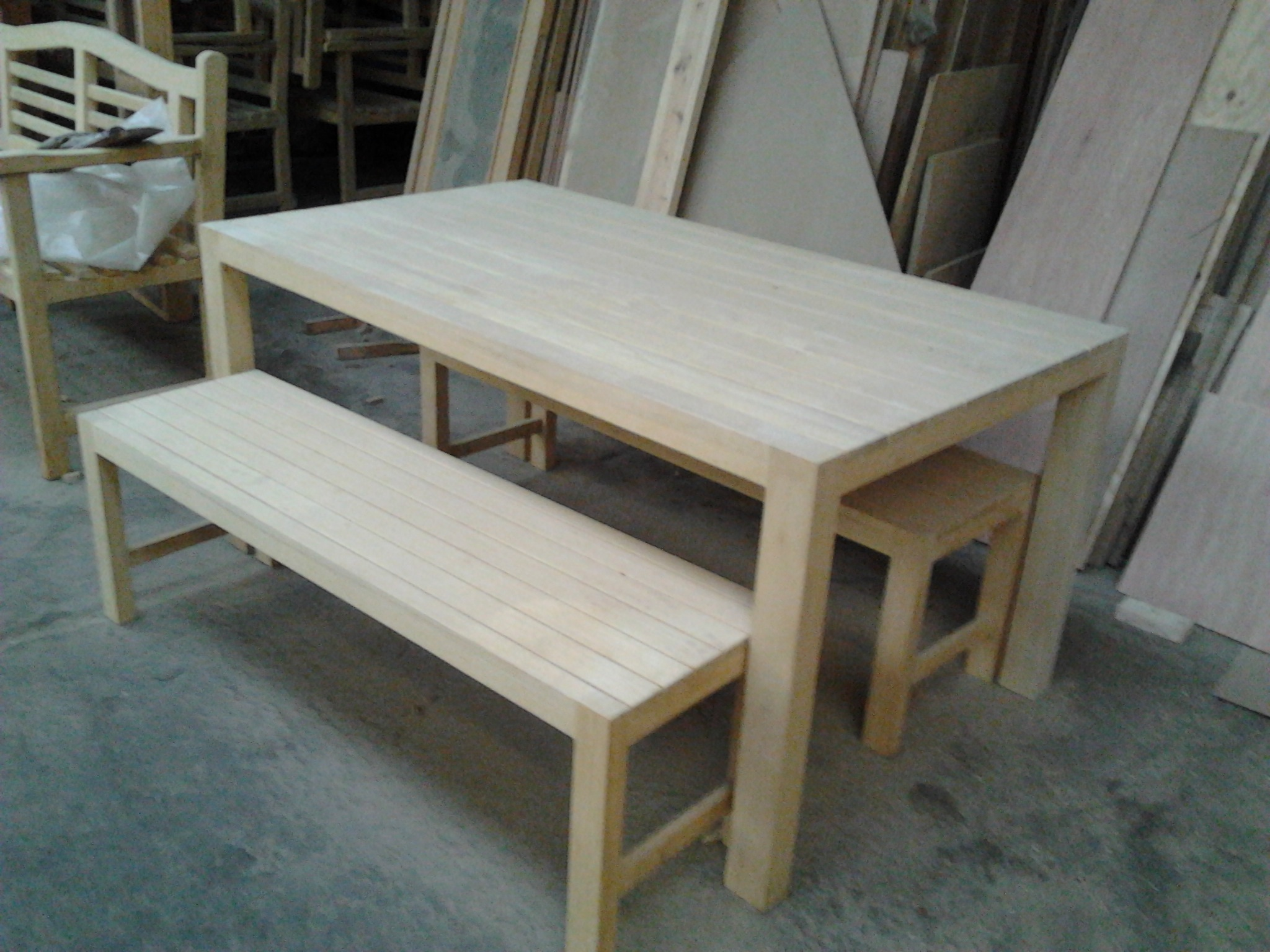 Types of wood chapel joinery long eaton for Types of dining tables