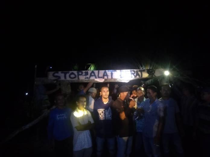 Warga Blokir Jalam Menuju Proyek Irigasi Alue Gurutut