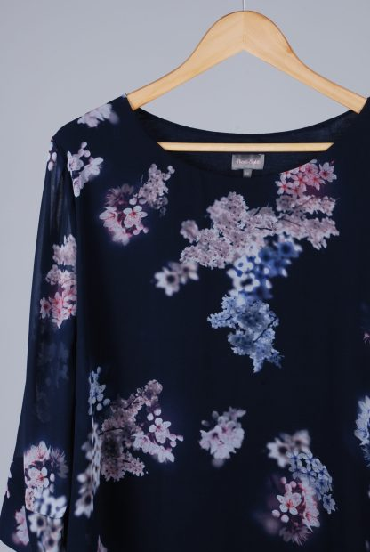 Phase Eight Floral Top - Size 18 - Front Detail