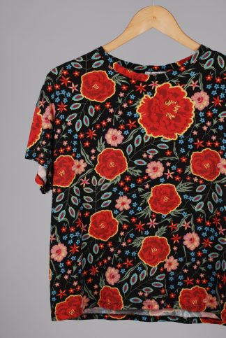 Zara Floral Print Cropped Tee - Size S - Front Detail