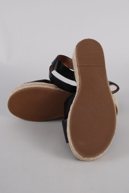 Simply Be Black Cross Toe Sandals - Size 4.5 - Sole