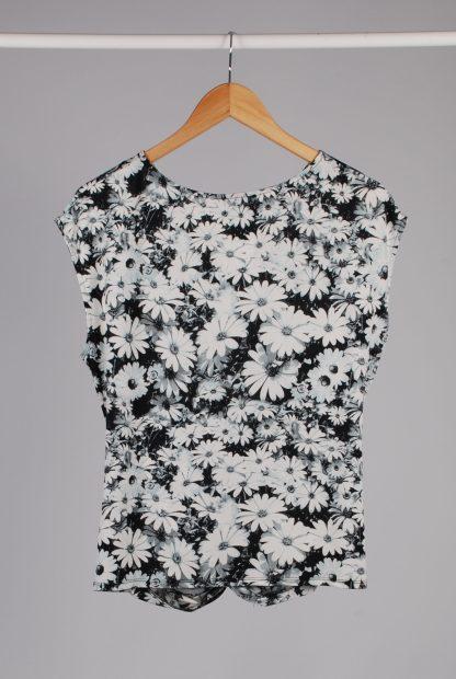 Wallis Black & White Floral Top - Size 16 - Back