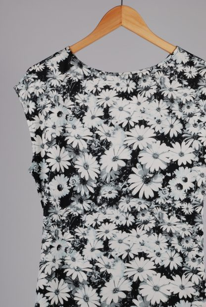 Wallis Black & White Floral Top - Size 16 - Back Detail