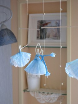 Napkin ballerina's 02