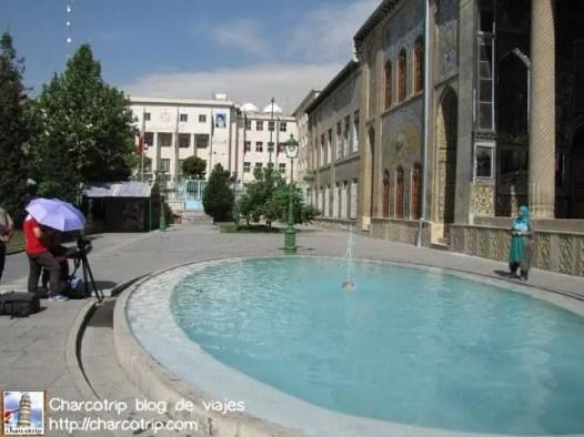 Reportera en el Palacio Golestan