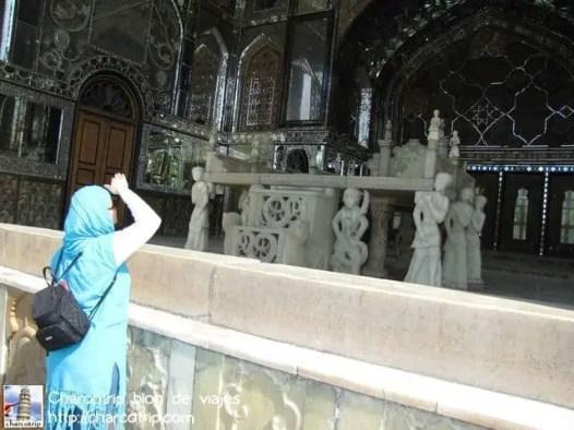 Admirando los espejos de Golestan