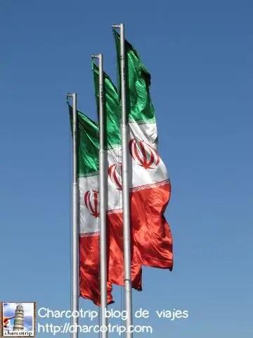 Banderas por doquier
