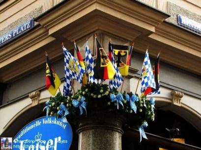 Banderas, aquí si vimos varias