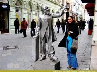 brastislava-estatua-plateada