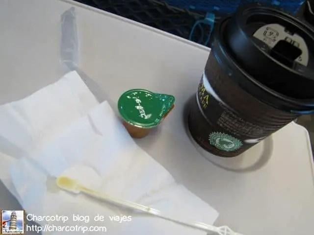 Muy agradable tomarse un cafecito en el tren