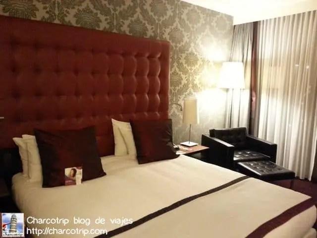 cama-crownplaza-amsterdam