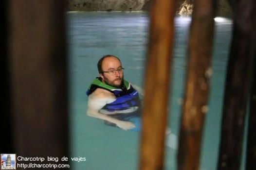 cenote-cascabel-homun-nadando-vicente2