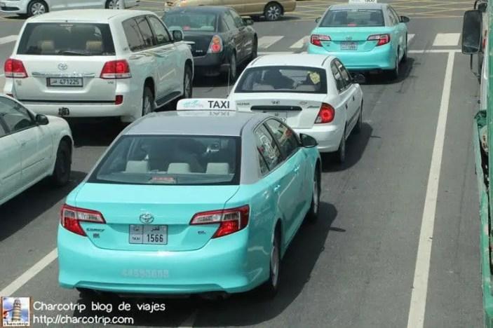 Taxis turquesa!