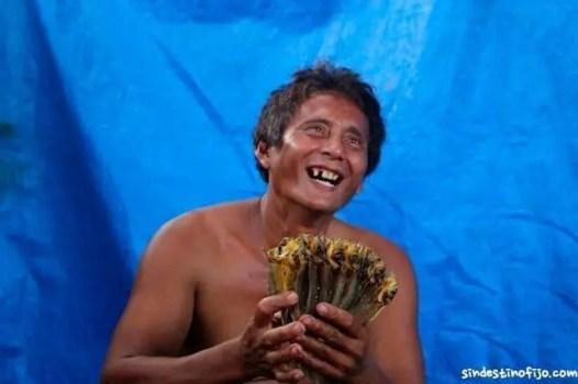 Pescador contento por Sin destino fijo