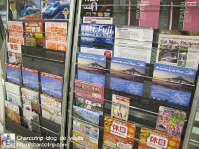 Foto random que tome... había folletos para ir a todo sitio