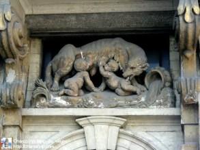 La loba, si, la de Romulo y Remo