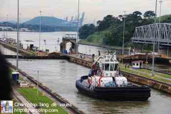 Embarcación del canal
