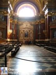 interior-basilica-san-esteban