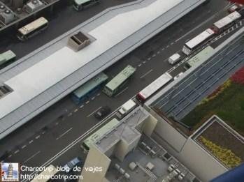Cuando empiezas a ver los camiones y los carros como si fueran de juguete es que ya estas en la cima :D