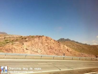 Paisaje desértico, si no hay ningún letrero alrededor podía pensar fácilmente que estaba en Baja California