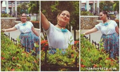 Con las flores de la plaza