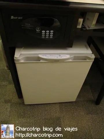 Refrigerador en habitacion