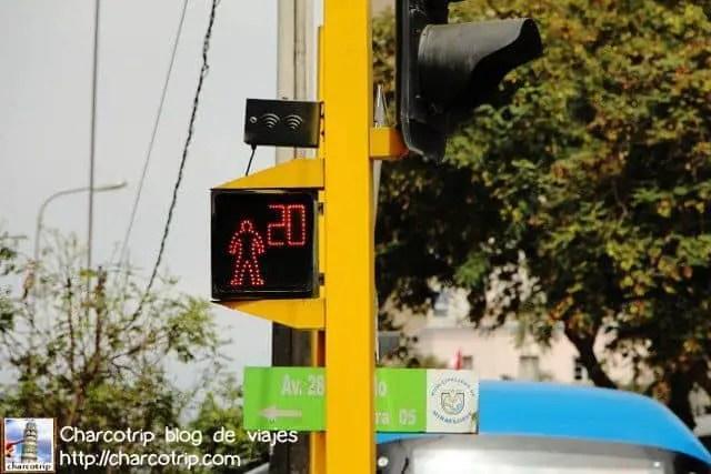 senal-transito-peru