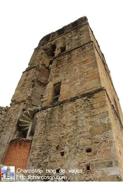torre2-panama-viejo
