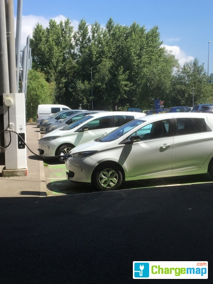 Ikea St Martin Dhères Quick Charging Station In Saint