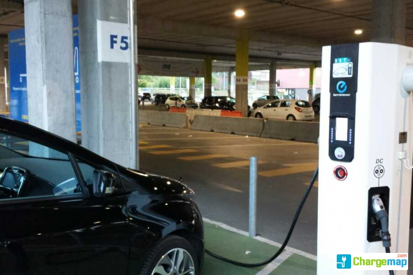 Ikéa Lomme Quick Charging Station In Lille