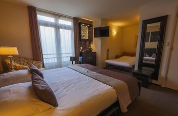Hotel Chariot Aalsmeer Book Hotel In Aalsmeer