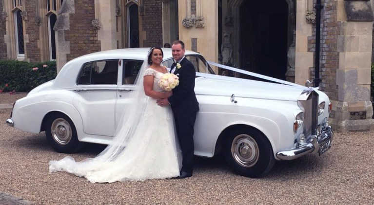 rolls-royce-1964-charles-at-wedding-with-happy-couple