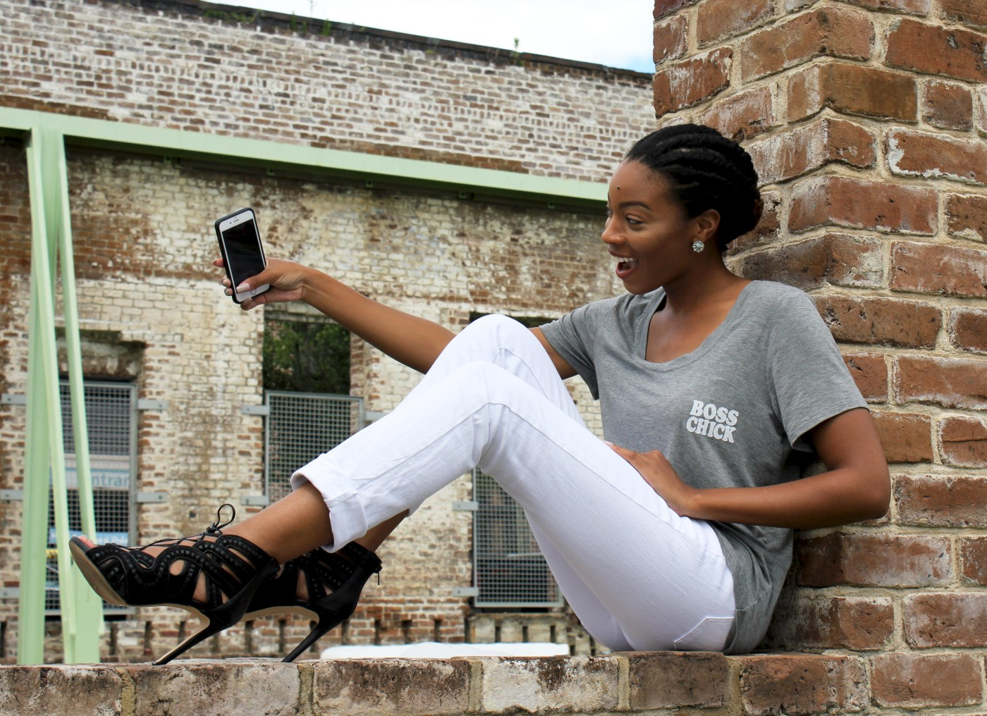 Bossy Tee + White Jeans