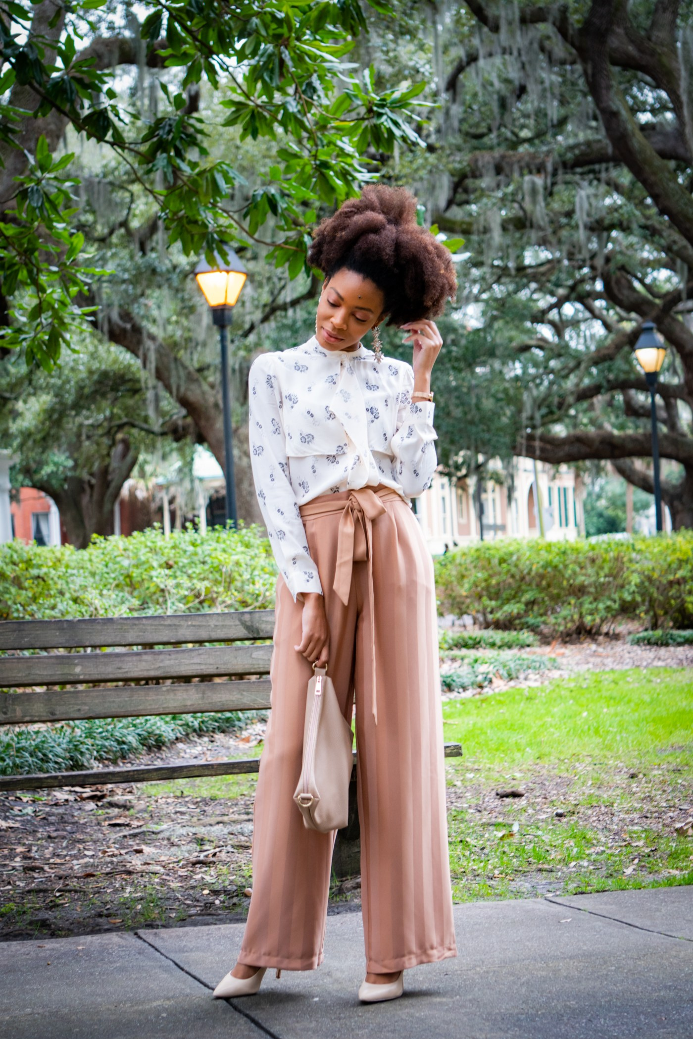 Soft and Feminine – My Typical Savannah Day