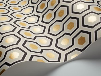 Hicks' Hexagon ref 95/3016 at Cole and Son wallpaper