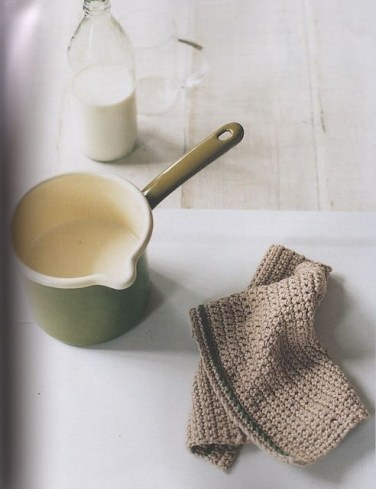 Crochet dishcloth by Erika Knight, photographed by Yuki Sugiura, styled by Charis White