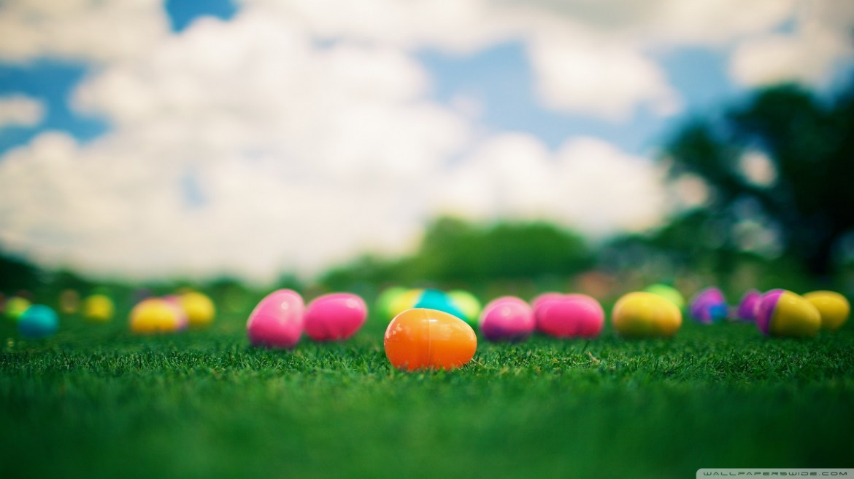 Happy-Easter-Desktop-Wallpaper-HD-7
