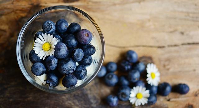 blueberries-2278921_640