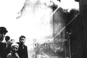 Burning synagogue on Kristallnacht in Nazi-Germany, November 10, 1938_5x7