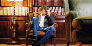 Jonathan Franzen thinking up rules for novelists
