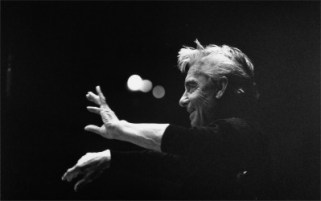 Herbert von Karajan conducting - the trumpets crack