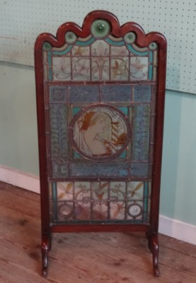 Lot 559 - Arts & Crafts Stained Glass Panel