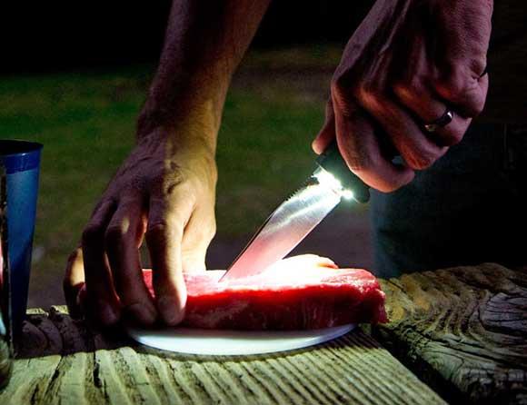 blade-light-sog-knife.jpg