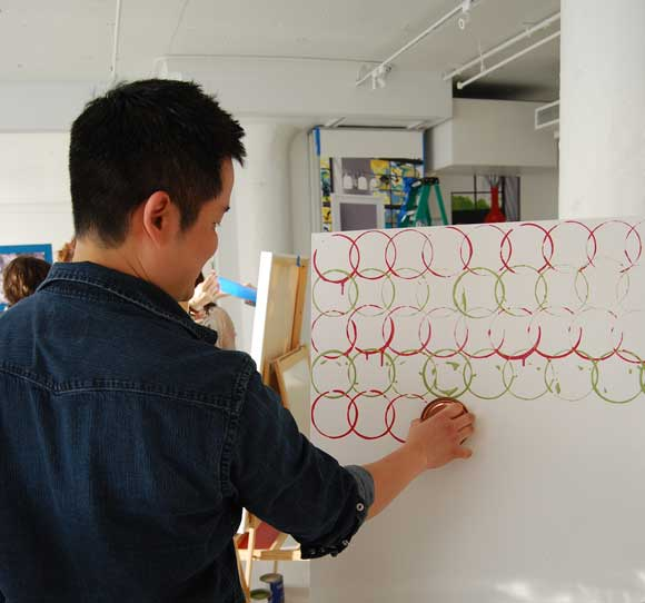 danny-seo-painting-circles.jpg