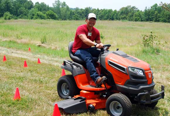 husqvarna-riding-mower-timothy.jpg